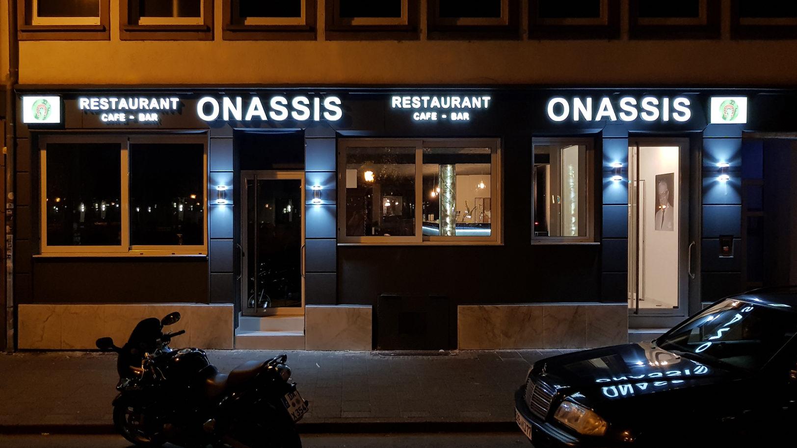 Lichtwerbung-Onassis-darmstadt-portfolio