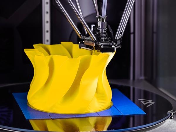 3d Druck in Frankfurt - Gelbes Motiv wird in 3D Gedruckt