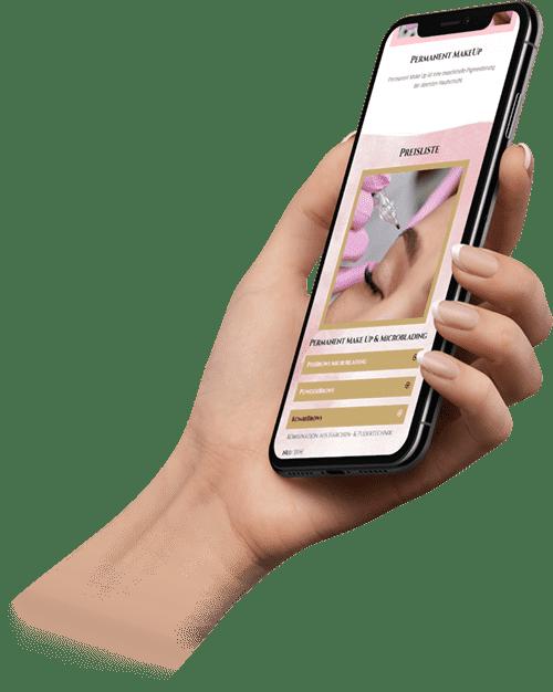 Hand einer Frau die einen Termin auf einer Beauty Webseite Saifey Studio bucht